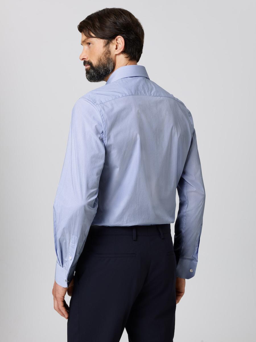Formal Cutaway Collar Regular Fit Shirt Striped with Male Model Back shot.
